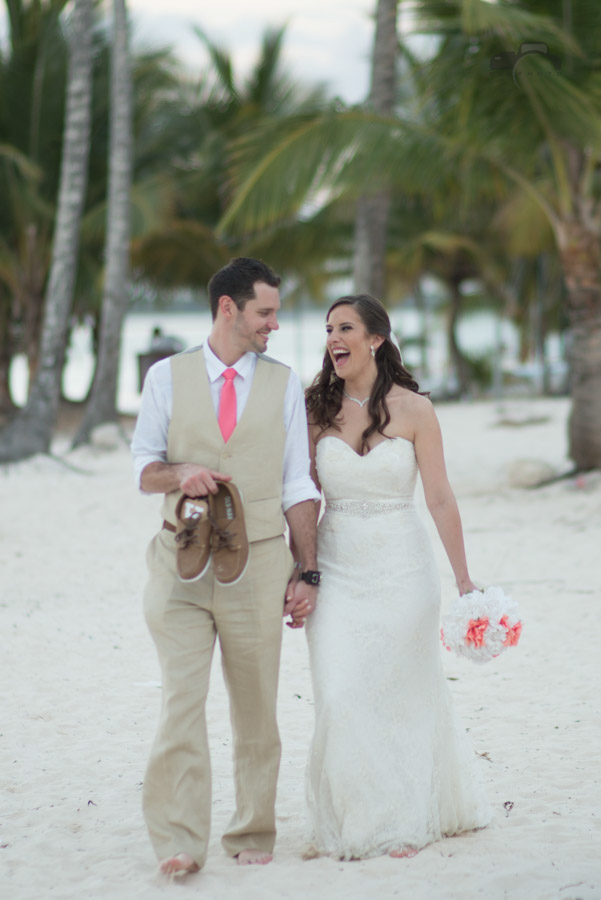 Amanda McCarthy & Geoffrey Nicholl's Wedding at JellyFish, Punta Cana. April 5th, 2016. Photos by www.GGGPHOTO.com