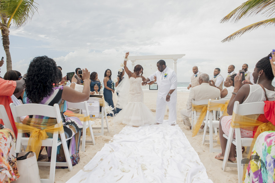 Chenille Toure James & Gregory Edward Bowen Jr.'s Wedding Hard Rock Hotel & Casino, Punta Cana - April 30th, 2016 © www.GGGPHOTO.com www.facebook.com/GGGPHOTO